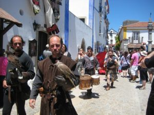 Mittelalter Kleidung auf einem Mittelaltermarkt